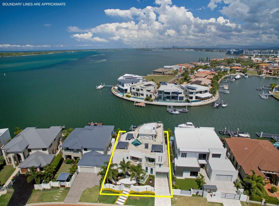 50 King Charles Drive, Sovereign Islands QLD 4216, Image 1