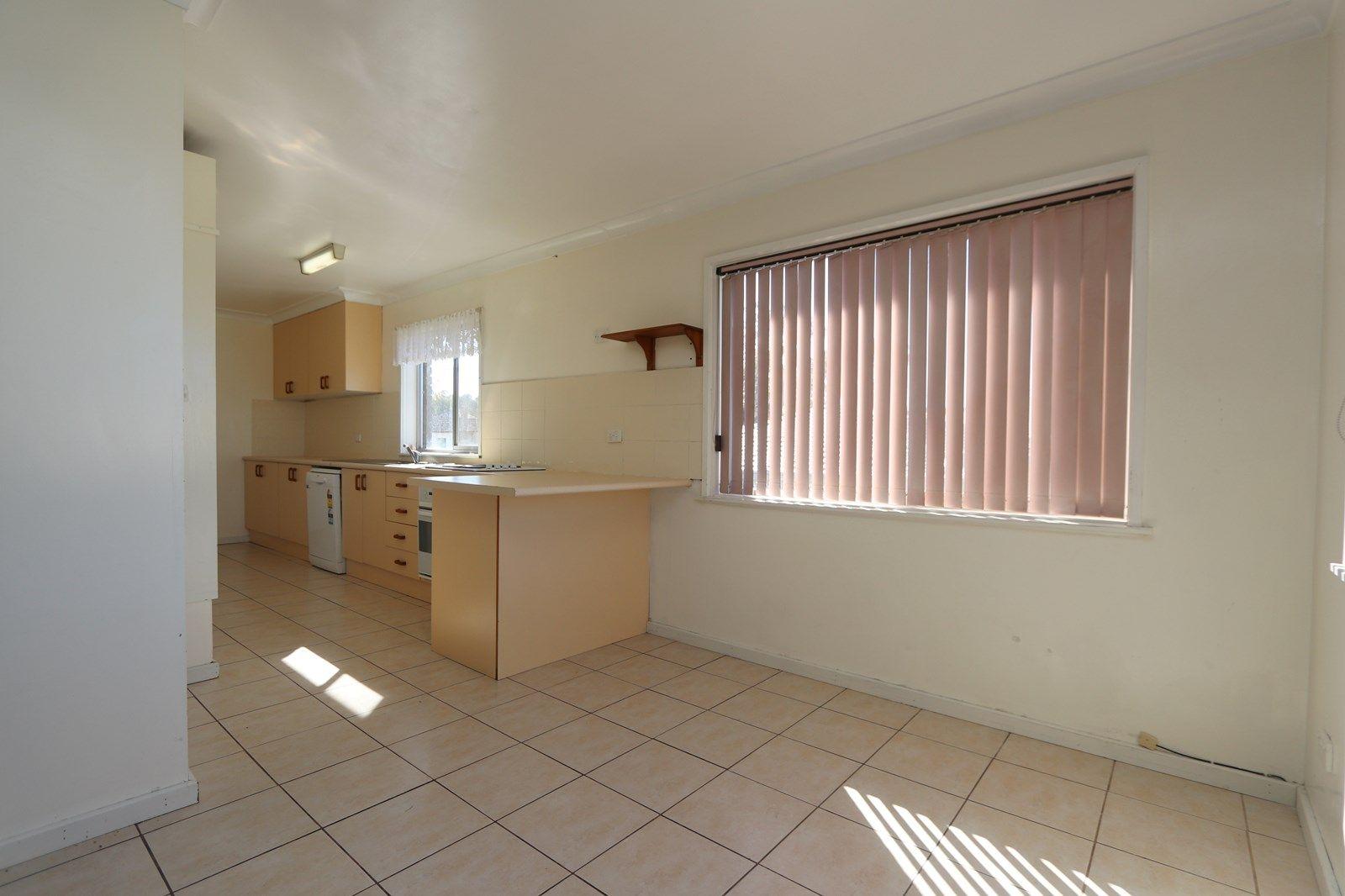 17 Kent Street, Goulburn NSW 2580, Image 2