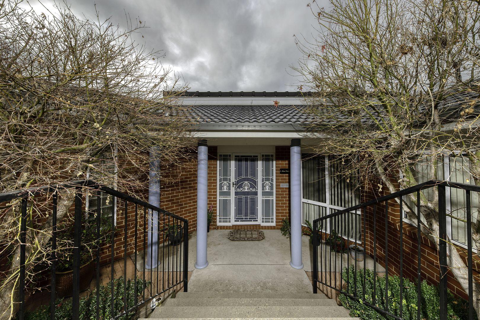 16 Clem Hill Street, Gordon ACT 2906, Image 2