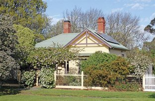 Picture of 1 Jeffreys Street, Woodend VIC 3442
