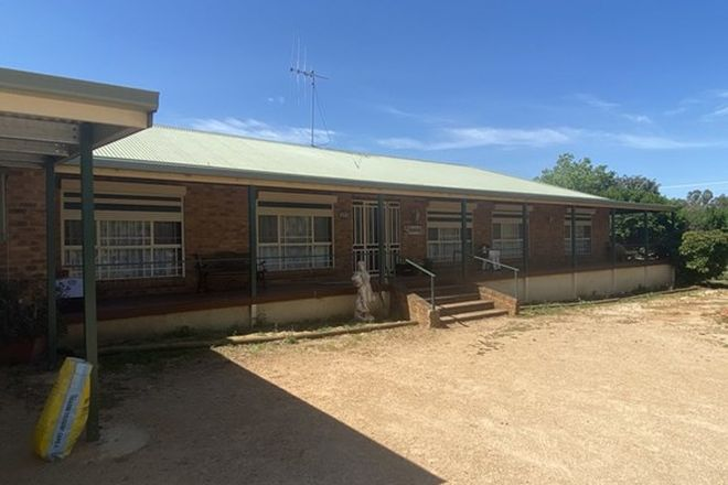 Picture of 8 Birch Road, PARKES NSW 2870