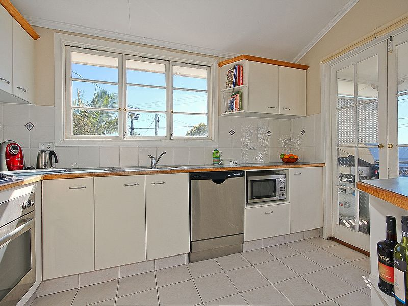11 Oceana Terrace, Manly QLD 4179, Image 2