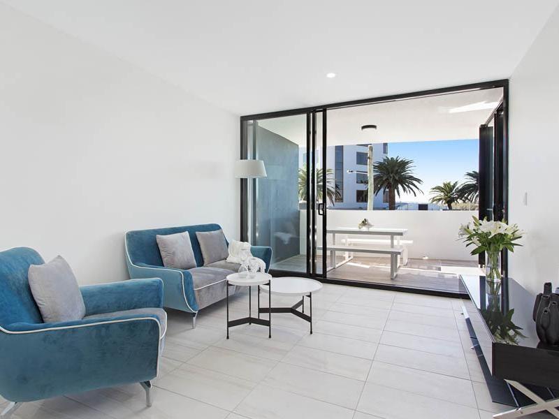 8 Hunt Street, Hamilton QLD 4007, Image 2