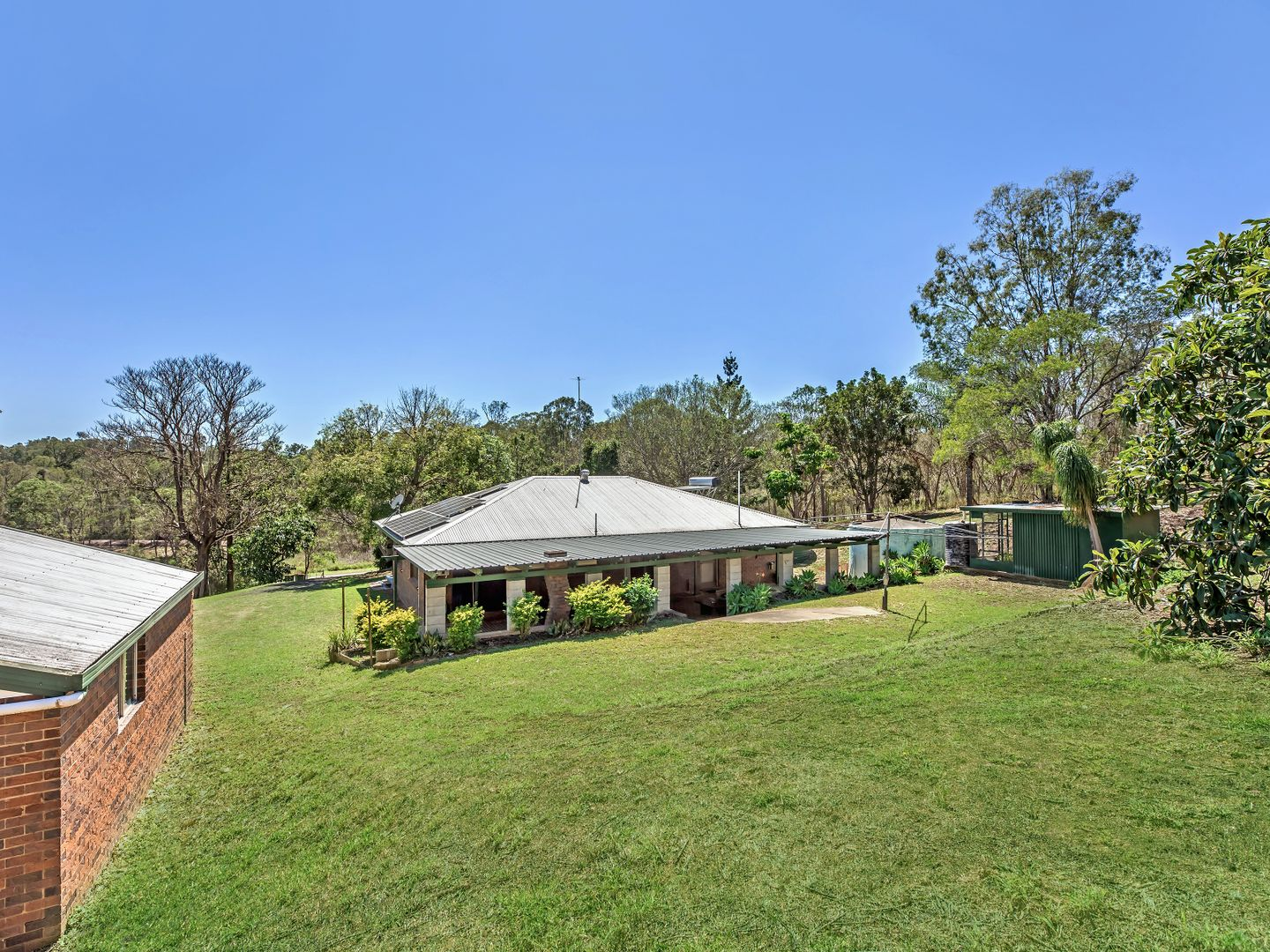 1060 Pine Mountain Road, Pine Mountain QLD 4306, Image 2