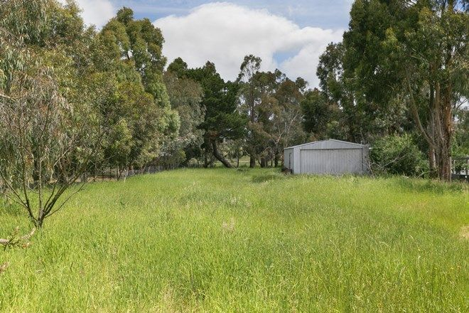 Picture of 6 Smeaton Street, SMEATON VIC 3364