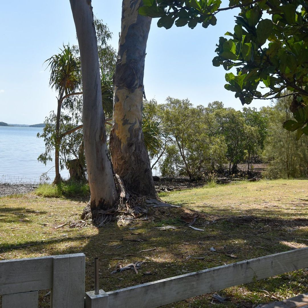 9 Thompson Esp, Russell Island QLD 4184, Image 2