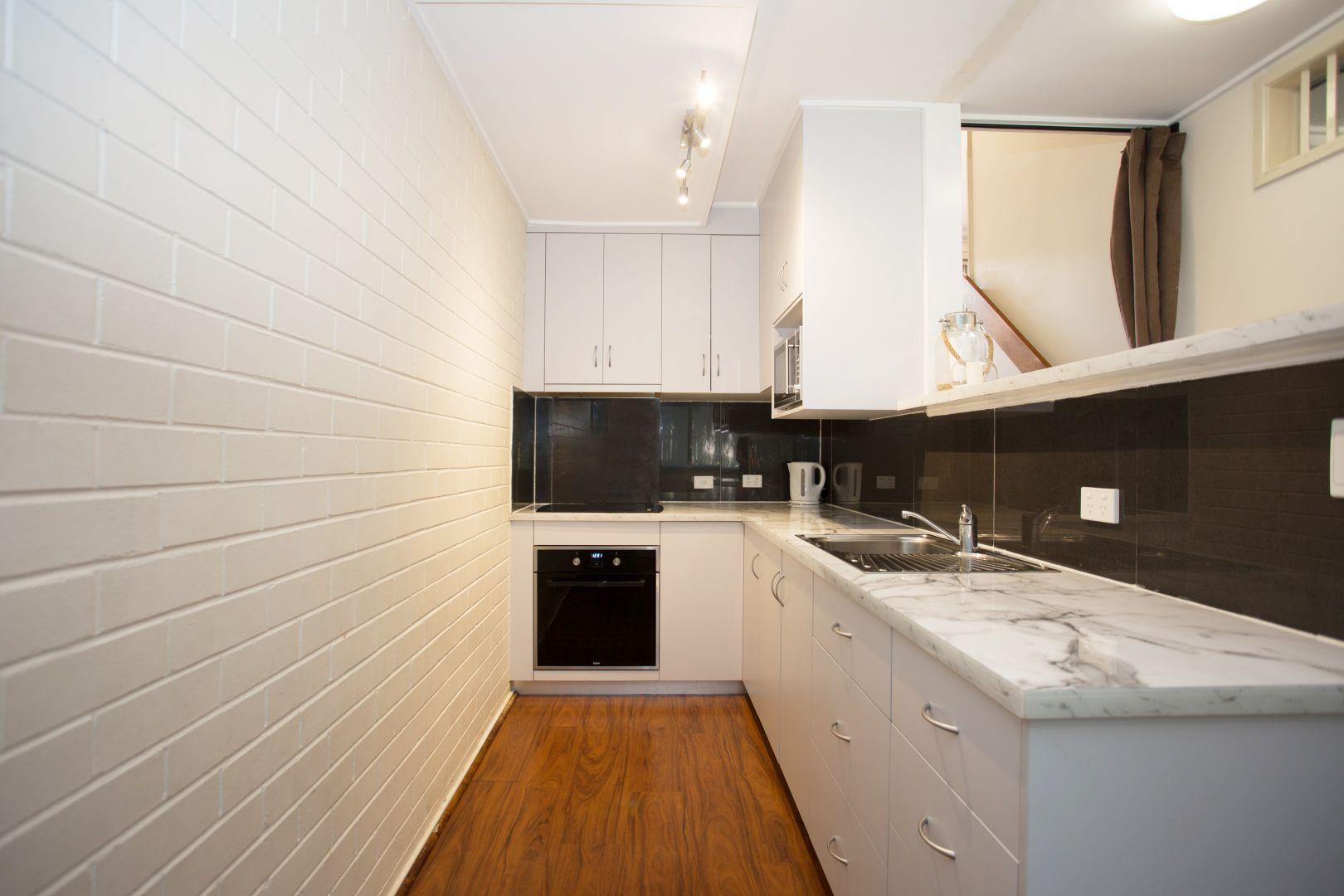 2/82 Evan Street, Mackay QLD 4740