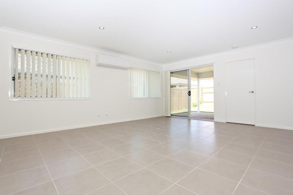 Middle Ridge QLD 4350, Image 2