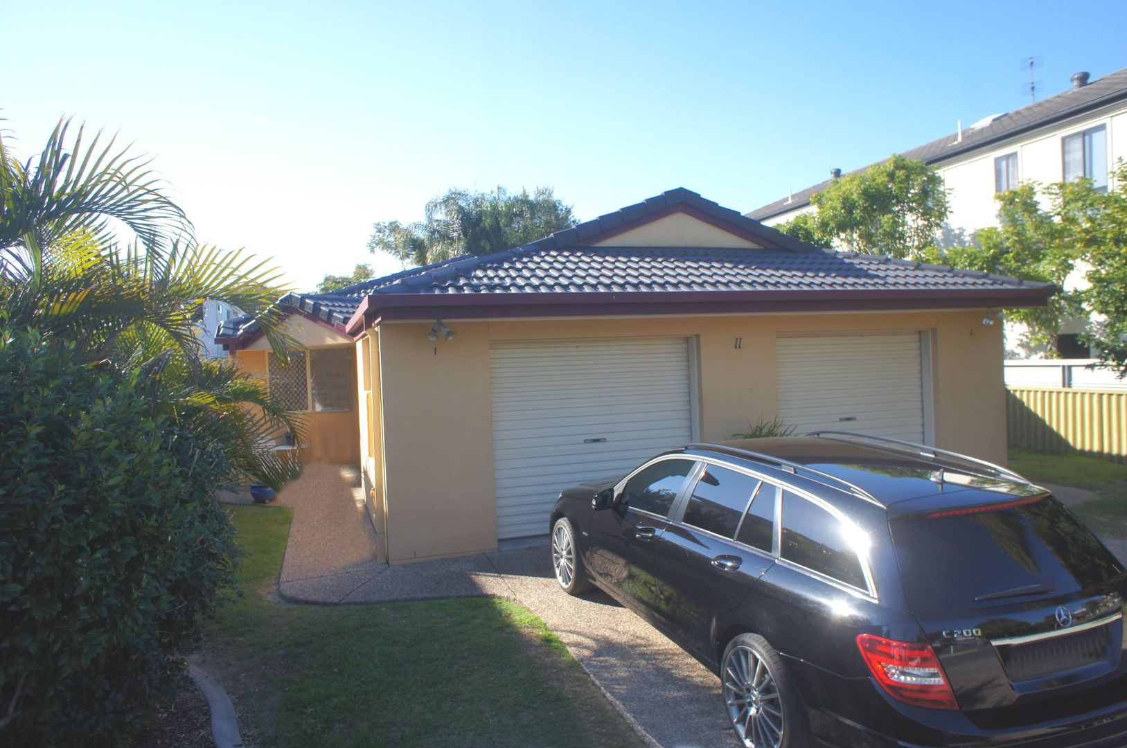 1/11 Rouen Avenue, Paradise Point QLD 4216, Image 2