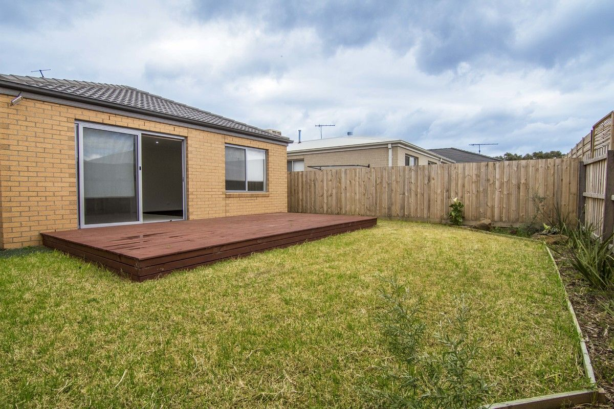 24 Ambarella Way, Armstrong Creek VIC 3217, Image 10