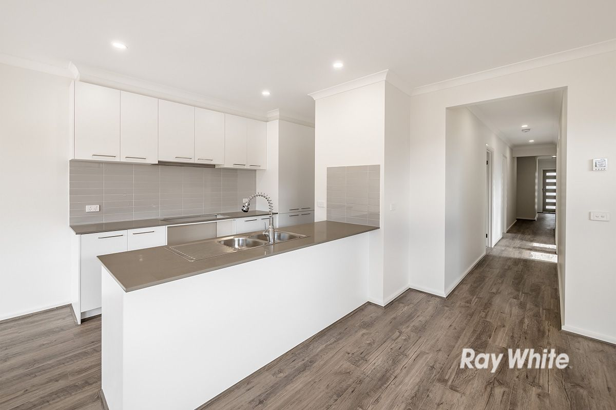 20 Mabillon Way, Clyde North VIC 3978, Image 0