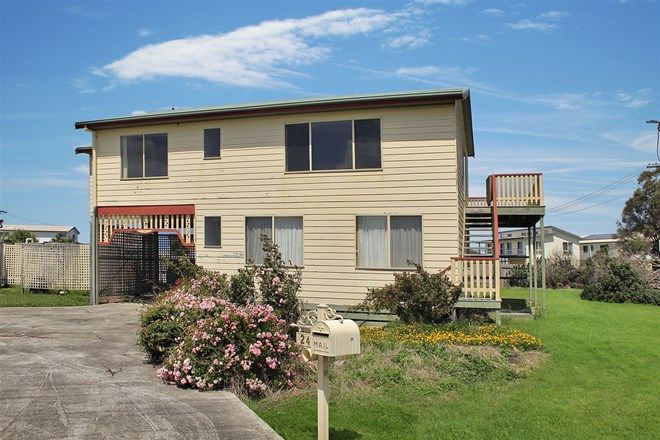 Picture of 24 McLoughlins Rd, MCLOUGHLINS BEACH VIC 3874