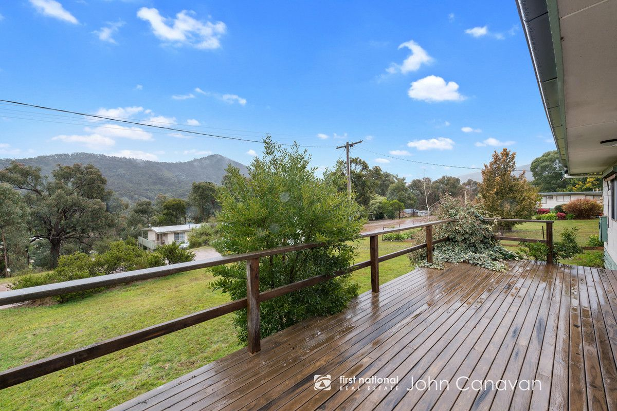 9 Trout Stream Way, Macs Cove VIC 3723, Image 0