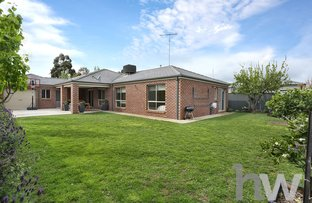 Picture of 21 Bluebill Court, Lara VIC 3212
