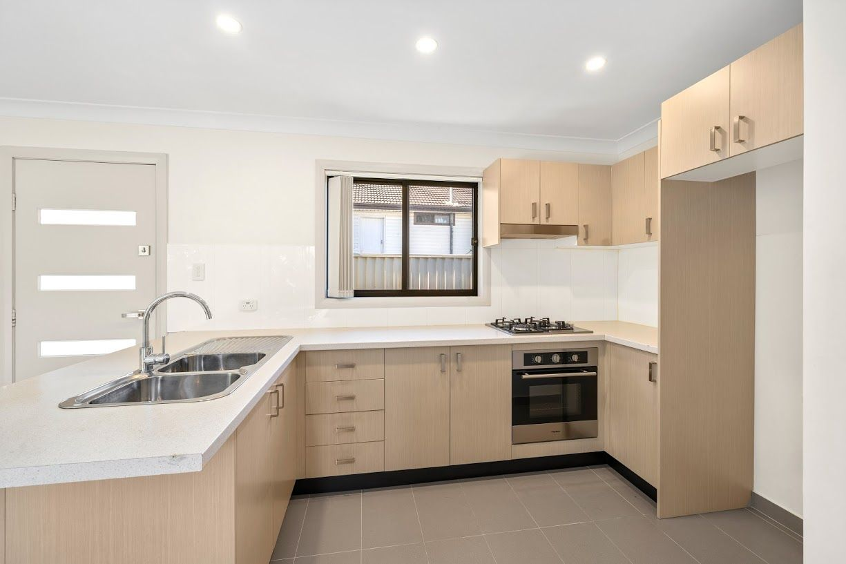 44a Heckenberg Avenue, Busby NSW 2168, Image 2