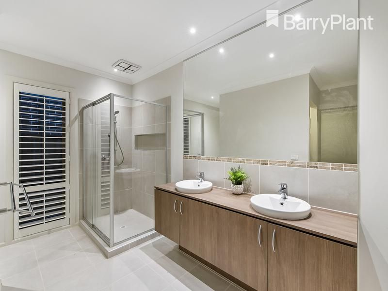 3 Fairlane Court, Tarneit VIC 3029, Image 2