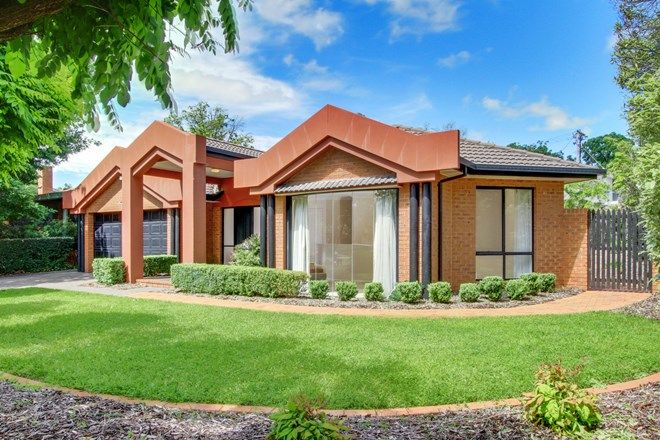 Picture of 4 Hill Corner, YARRALUMLA ACT 2600