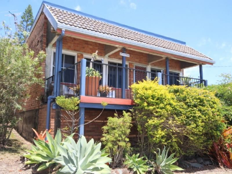 32 Westcott Avenue, Campwin Beach QLD 4737, Image 2
