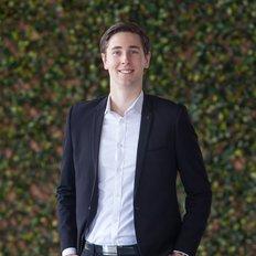 Sam Scott, Sales Associate
