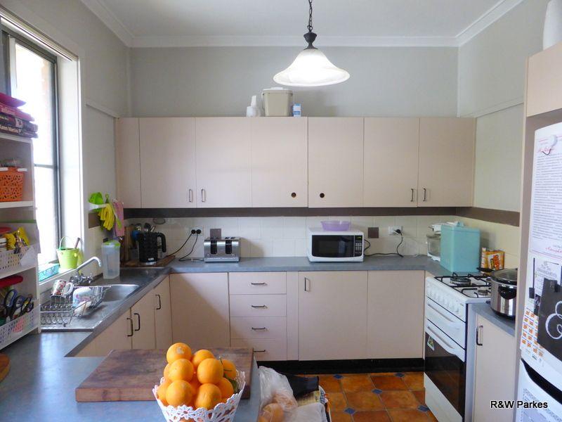 22 Mitchell Street, Parkes NSW 2870, Image 1