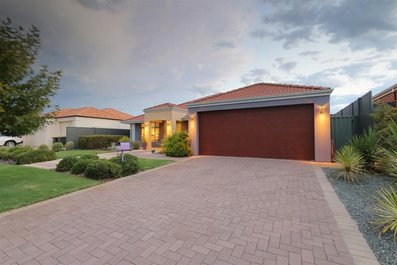 44 Beechwood Circle, Aveley WA 6069, Image 1