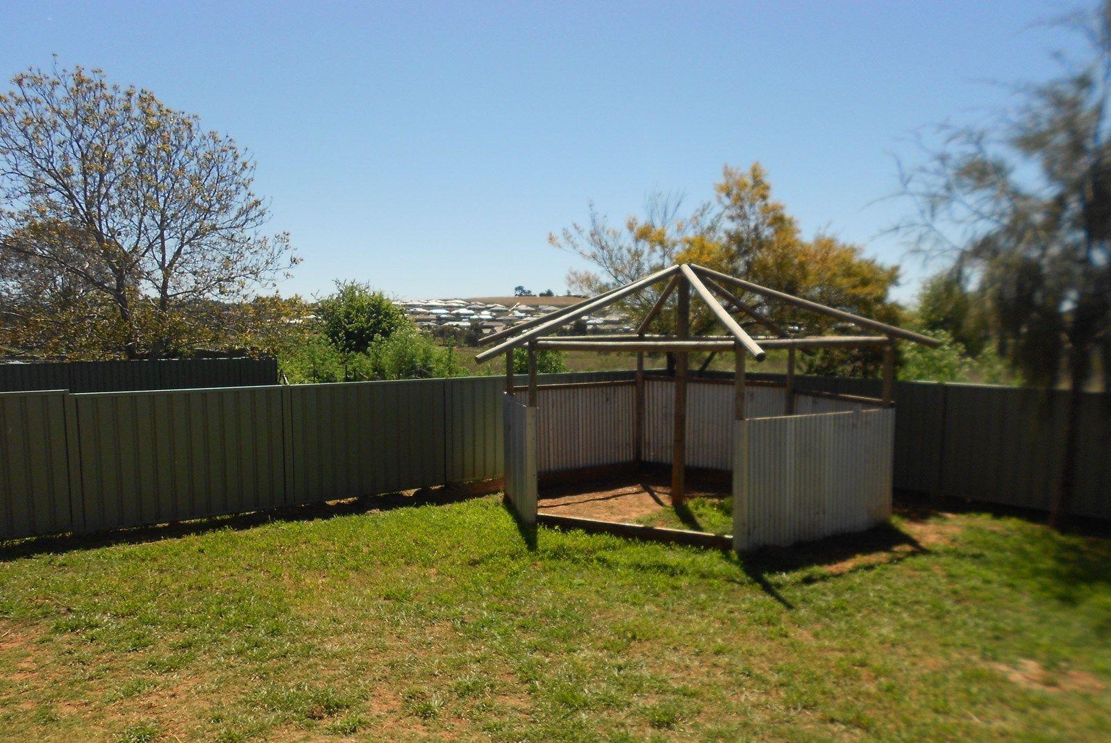 27 Amaroo Crescent, Orange NSW 2800, Image 1