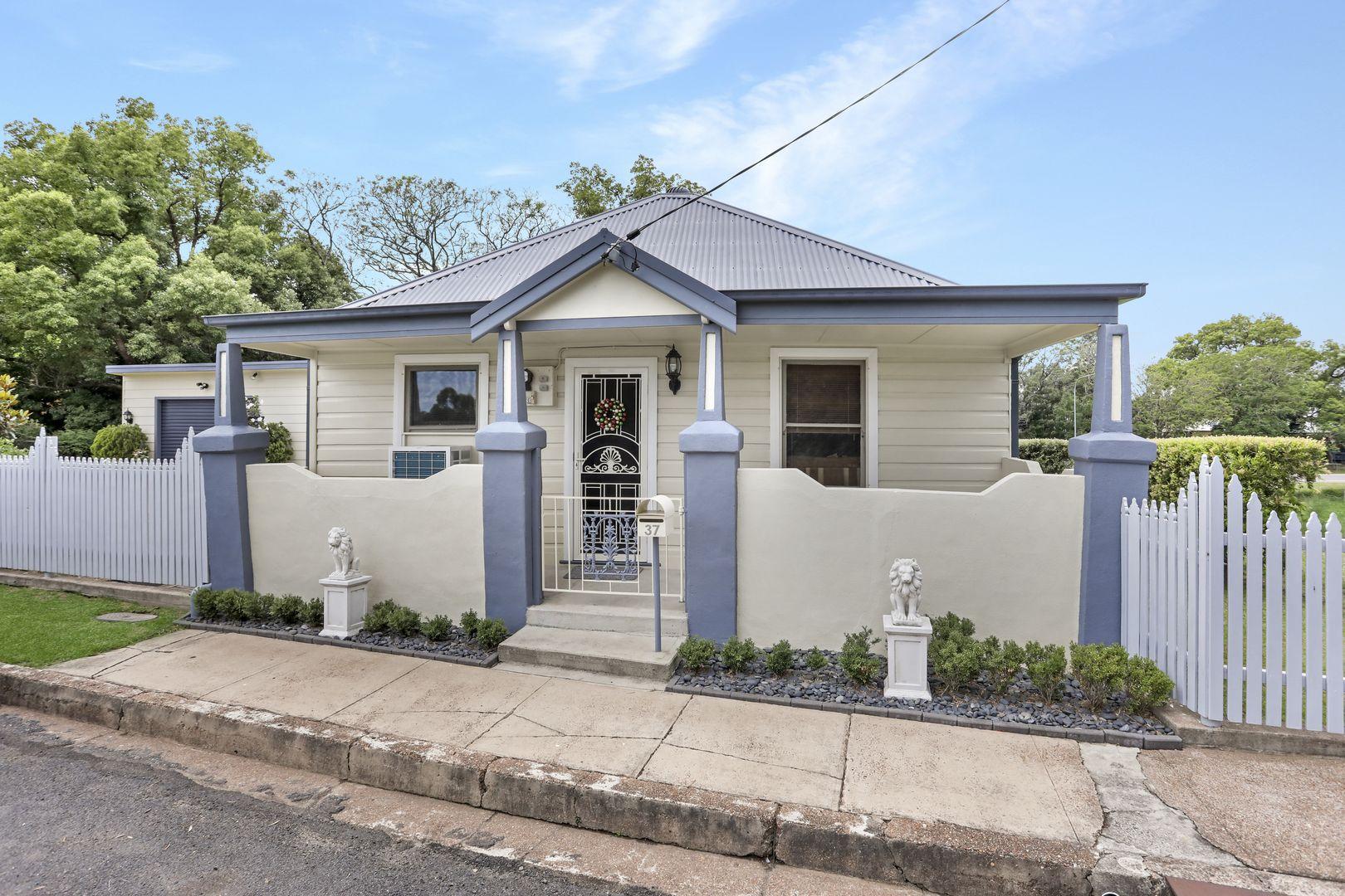 37 Bull Street, Maitland NSW 2320, Image 0