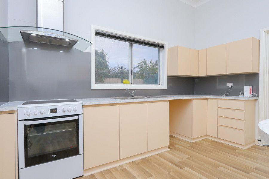 8 Newcastle Rd, Northam WA 6401, Image 1