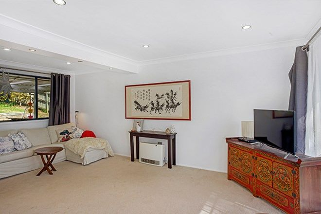 Picture of 23 Claines Cr, WENTWORTH FALLS NSW 2782