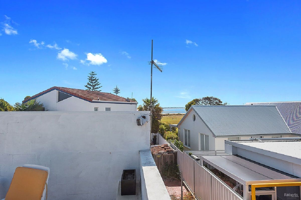 1/28 Bluewater Crescent, Shearwater TAS 7307, Image 2