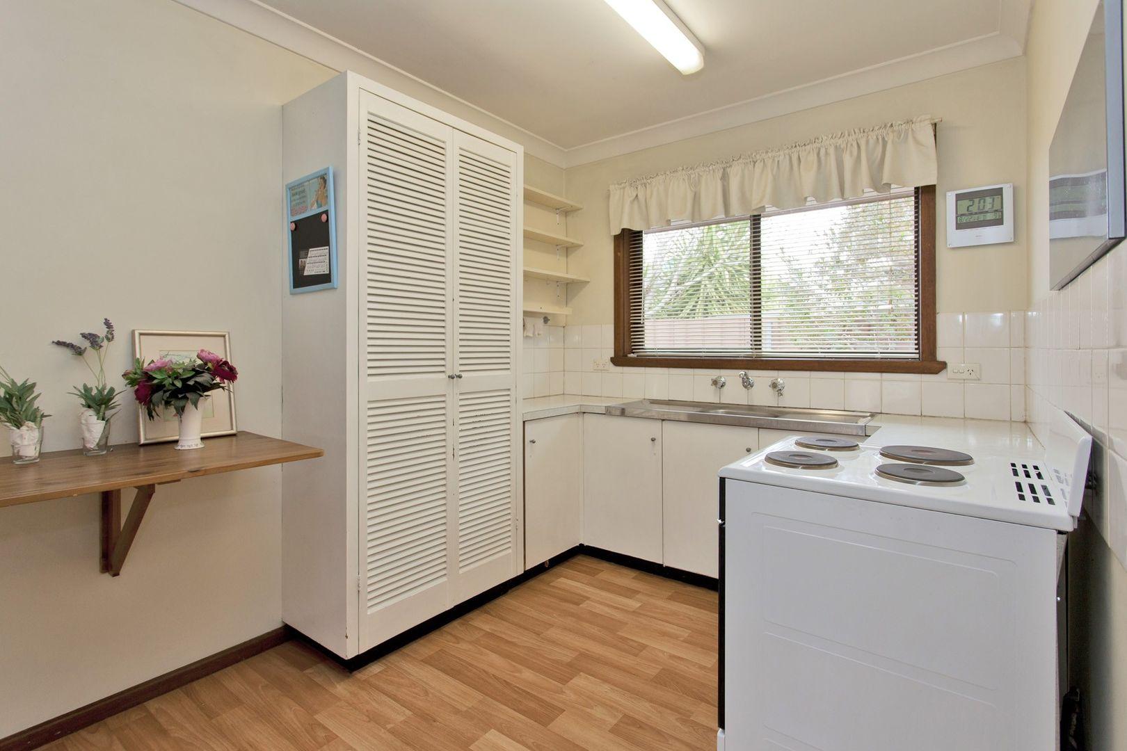2-4/462 Parnall Street, Lavington NSW 2641, Image 1