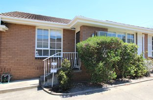 Picture of 2/182 Weatherall Road, Cheltenham VIC 3192