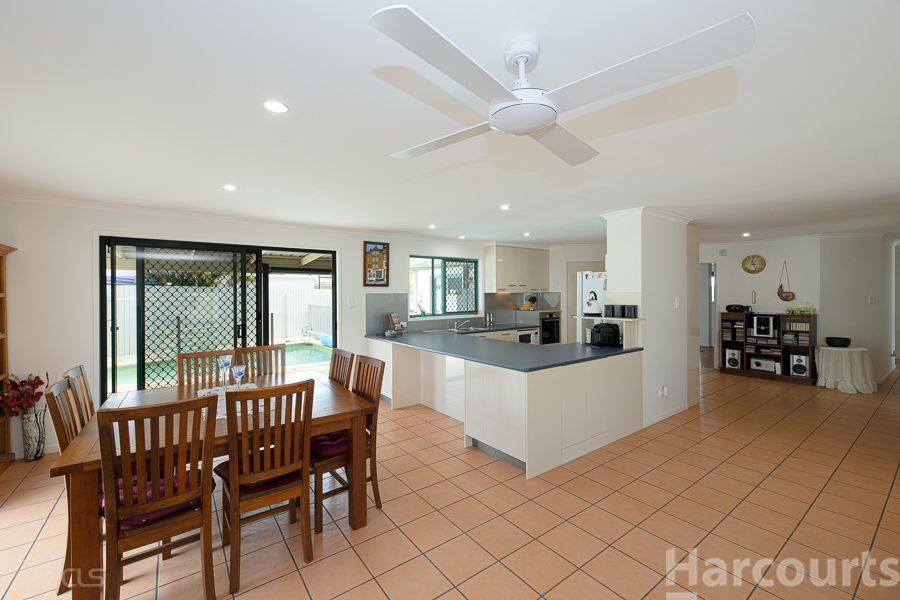 8 Voyagers Drive, Banksia Beach QLD 4507, Image 1
