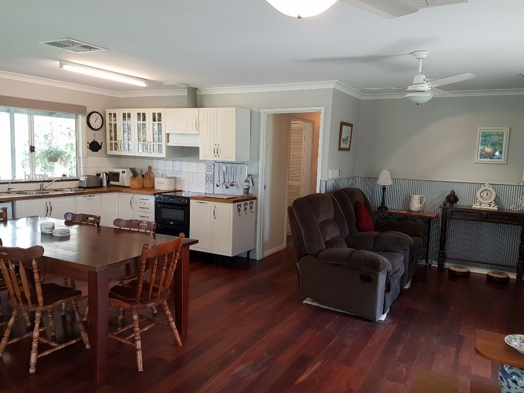 33 Accedens Rise, Bakers Hill WA 6562, Image 1