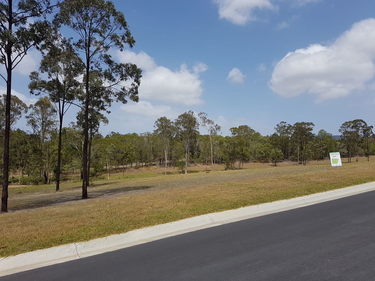 26-44 Montanus Dr, Woodford QLD 4514, Image 2