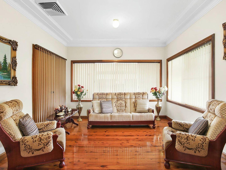 4 Ronald Avenue, Ryde NSW 2112, Image 1