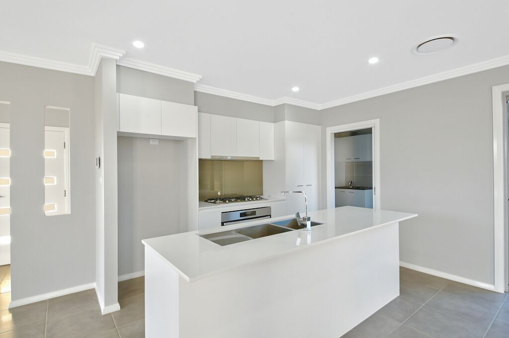 33 Egan Crescent, Cobbitty NSW 2570, Image 2
