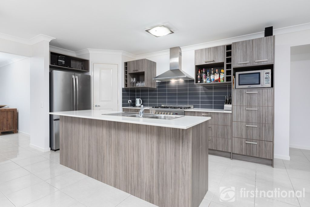 8 Red Ash Court, Beerwah QLD 4519, Image 2