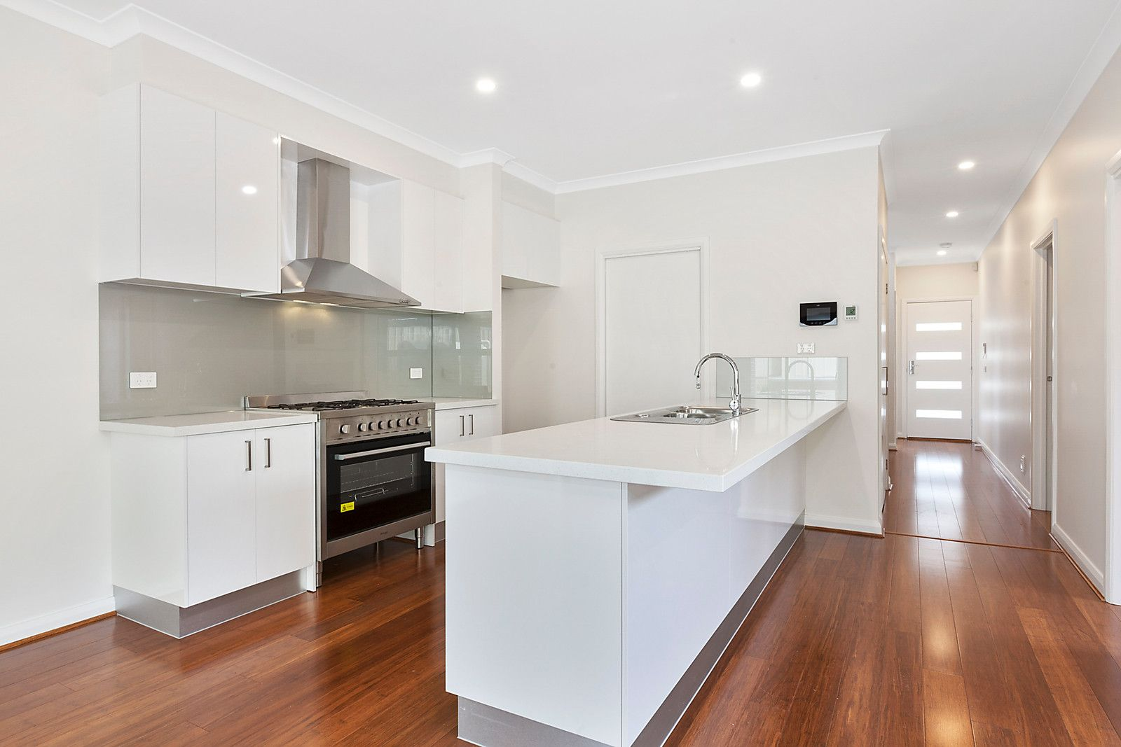 3 Chancellor Road, Airport West VIC 3042, Image 2