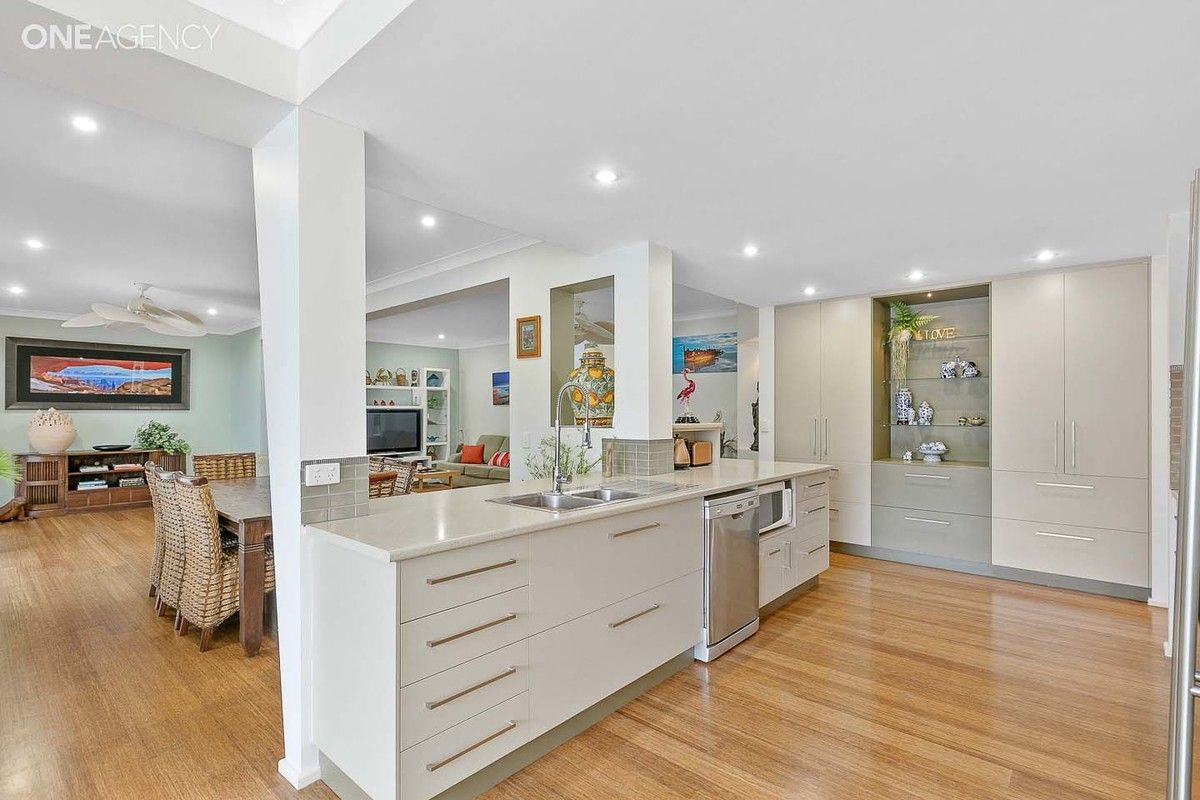 73 Johnston Boulevard, Urraween QLD 4655, Image 0