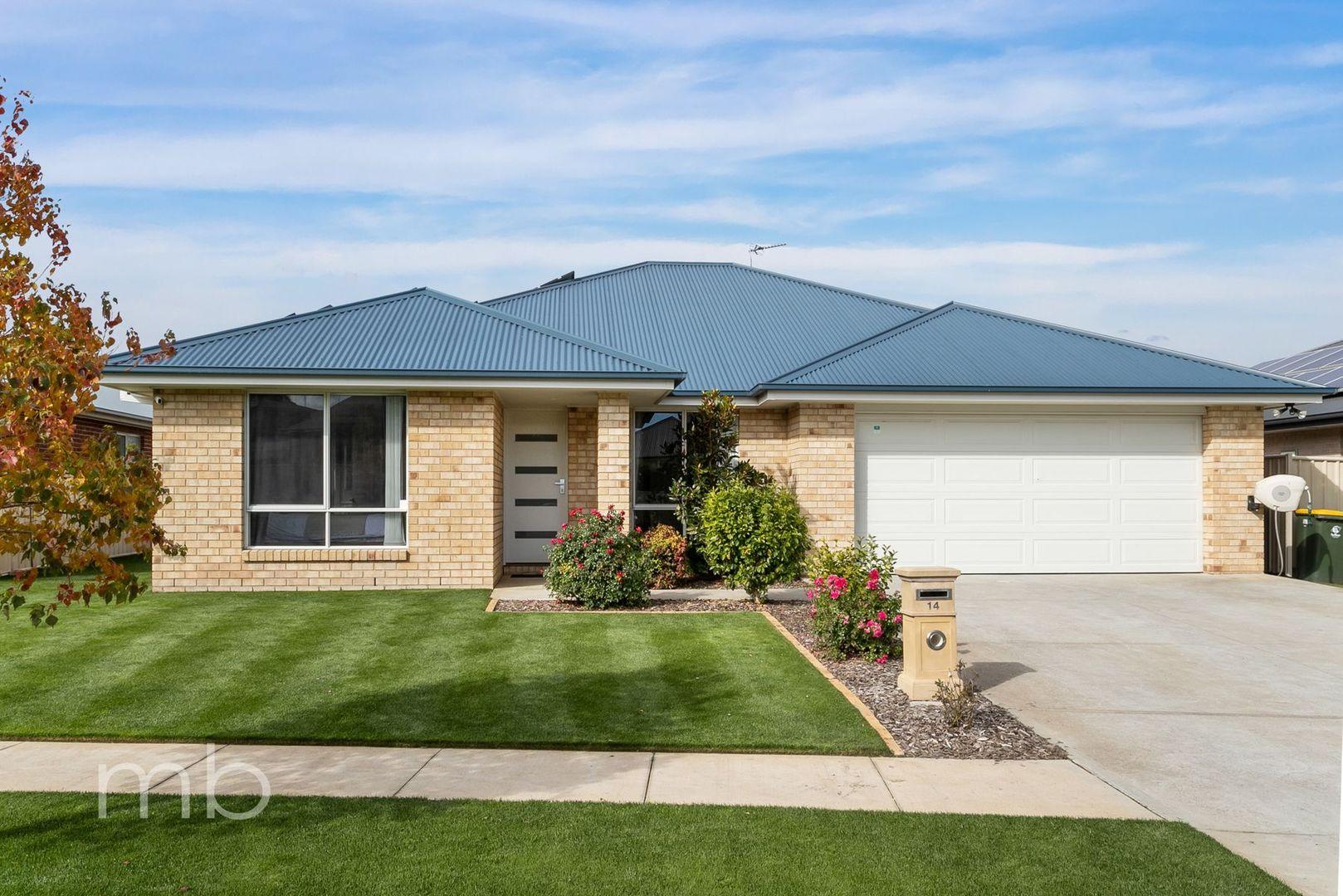 14 Clem McFawn Place, Orange NSW 2800, Image 0