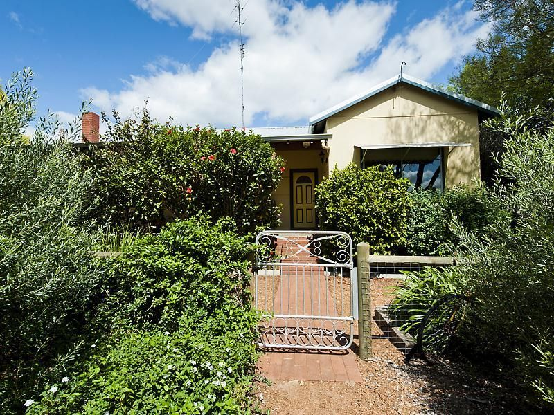 32 Nanga Brook Road, Waroona WA 6215, Image 0