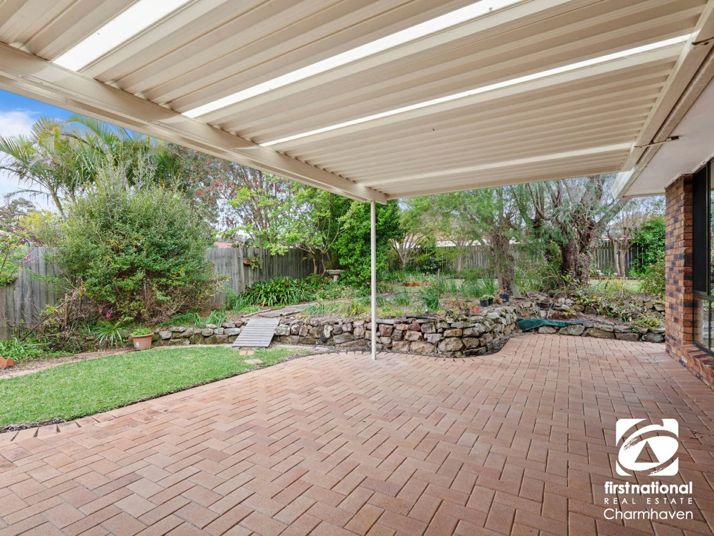 90 Gorokan Drive, Lake Haven NSW 2263, Image 2