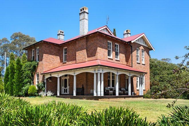 Picture of 26 Wyatt Street, MOSS VALE NSW 2577