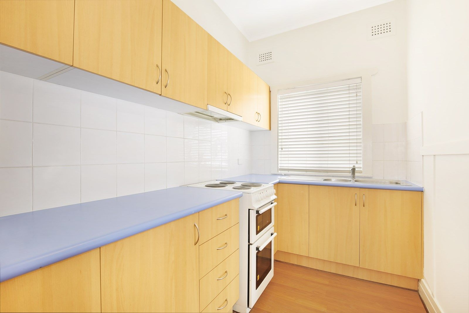 37 First Avenue North, Warrawong NSW 2502, Image 2