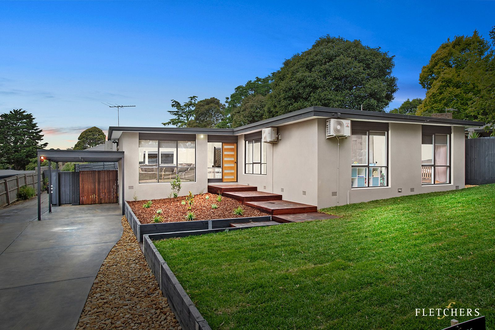 195 Cambridge Road, Mooroolbark VIC 3138, Image 0