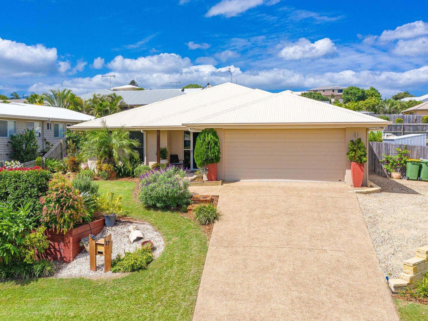 37 Presidential Avenue, Jones Hill QLD 4570, Image 0