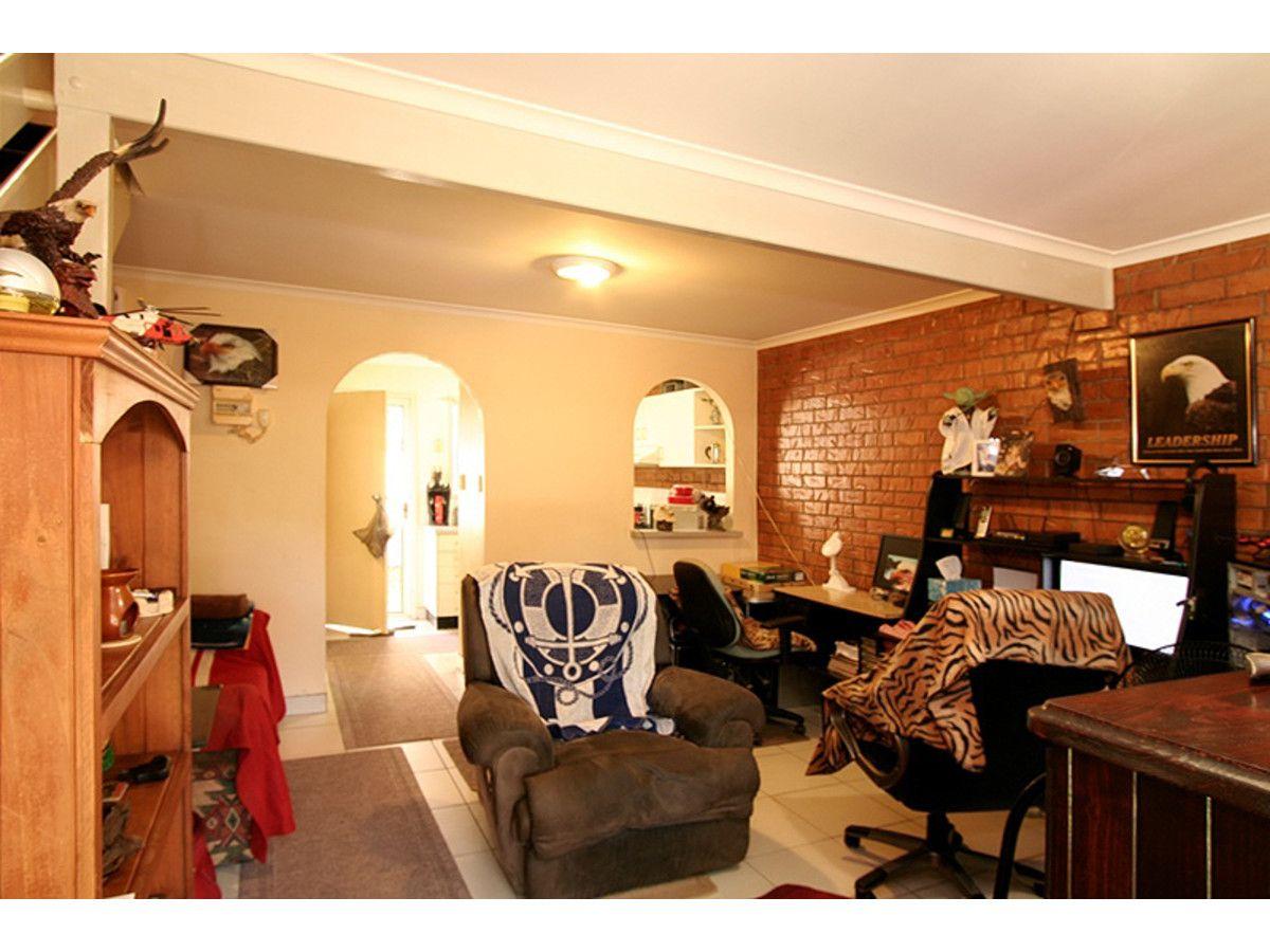 13/3 Costata Street, Hillcrest QLD 4118, Image 2