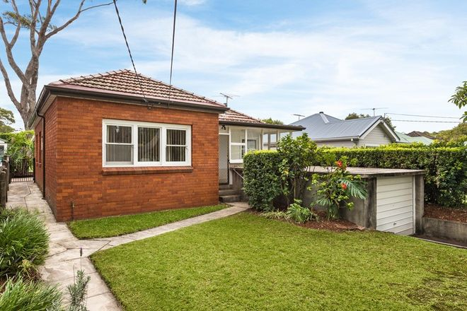 Picture of 44 Stirgess Avenue, CURL CURL NSW 2096