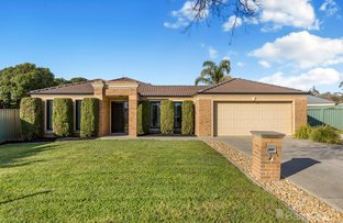 Picture of 3 Exeter  Place, Strathfieldsaye VIC 3551